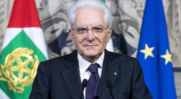 il Presidente Mattarella firma per l'avvio del concorso straordinario 2019