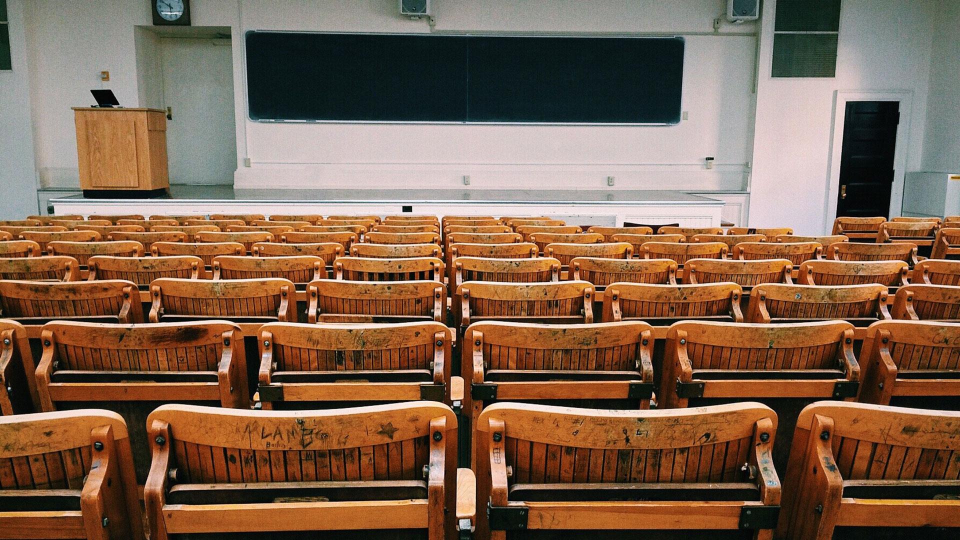 Concorso-per-insegnare-requisiti-di-accesso